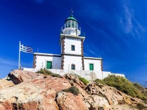 Una costruzione che domina la zona del litorale greco