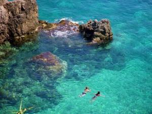 Una foto aerea della coste della Grecia