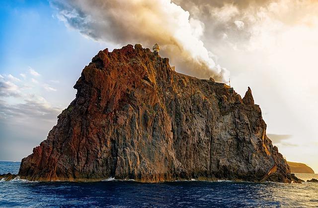aeolian islands 4555525 640 - stromboli lipari