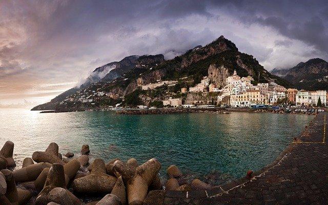 amalfi 1014901 640 - Pagina Itinerari Napoli Salerno