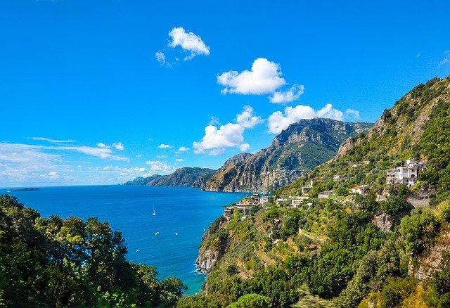 amalfi 2305361 640 - Pagina Itinerari Napoli Salerno