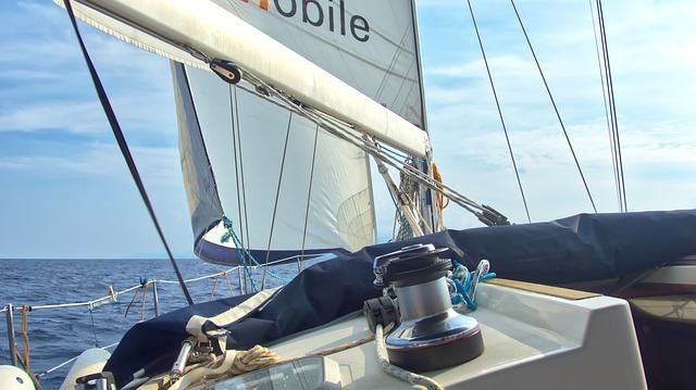 sailing 4578893 640 - LIPARI CORFU'