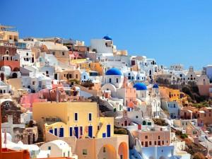 L'isola di Santorini, sulle coste della Grecia